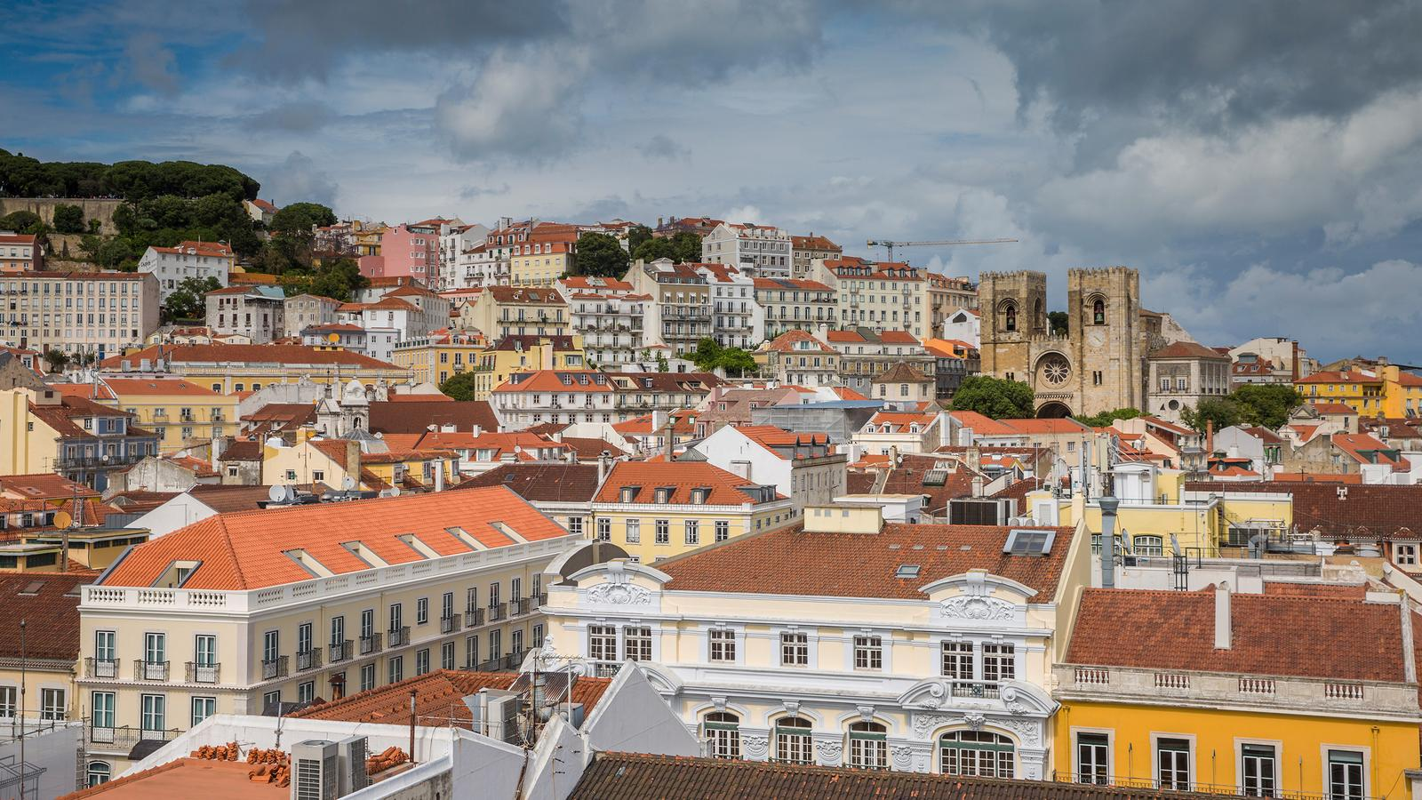Rome to Lisbon: Coasts & Countryside
