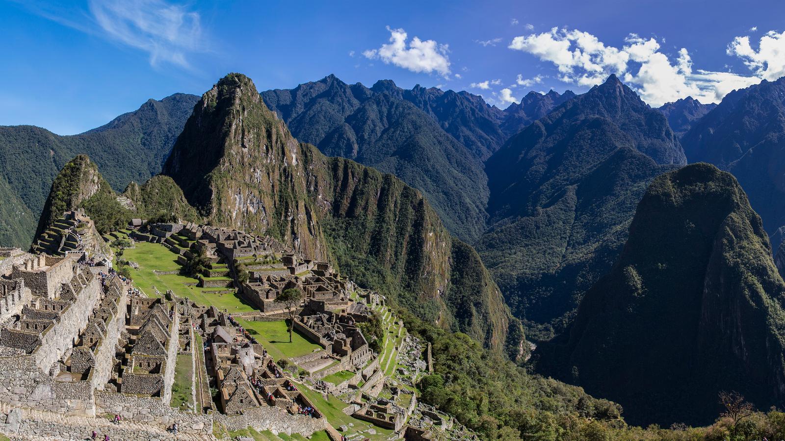 Explore Ecuador & Peru