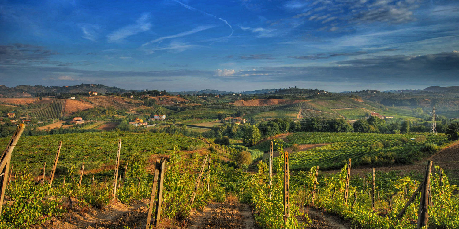 Explore the beautiful Tuscan countryside