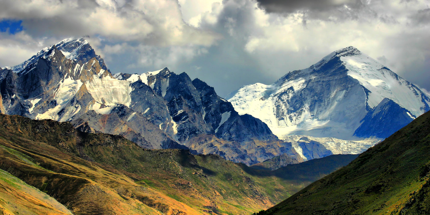Marvel at Kashmir's immense and dramatic mountain peaks